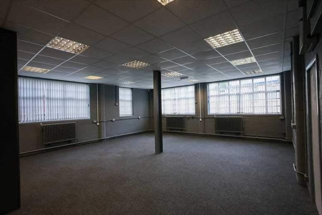 Serviced office to let in Bletchley Park, Bletchley, Milton Keynes