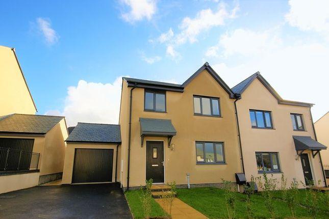 Thumbnail Semi-detached house to rent in Oak View Road, Wadebridge