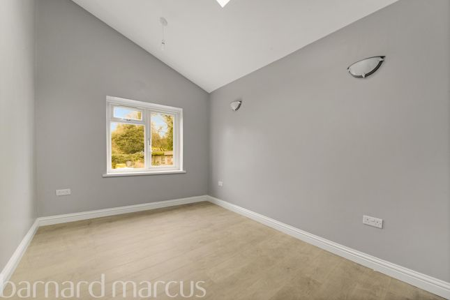 Bedroom 3 of Carshalton Road, Sutton SM1