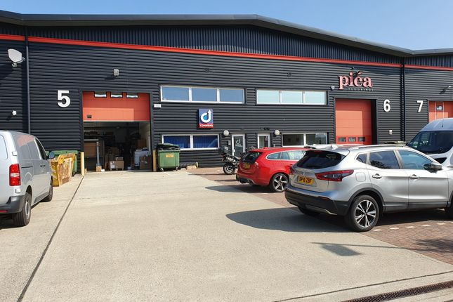 Thumbnail Warehouse to let in Parsonage Lane, Stansted