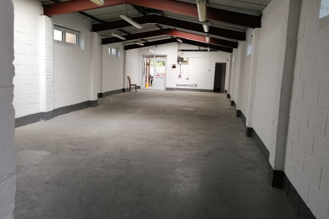 Thumbnail Warehouse to let in West End Road, Southall