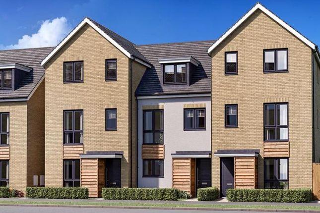 Thumbnail Semi-detached house for sale in Twickenham Close, Swindon
