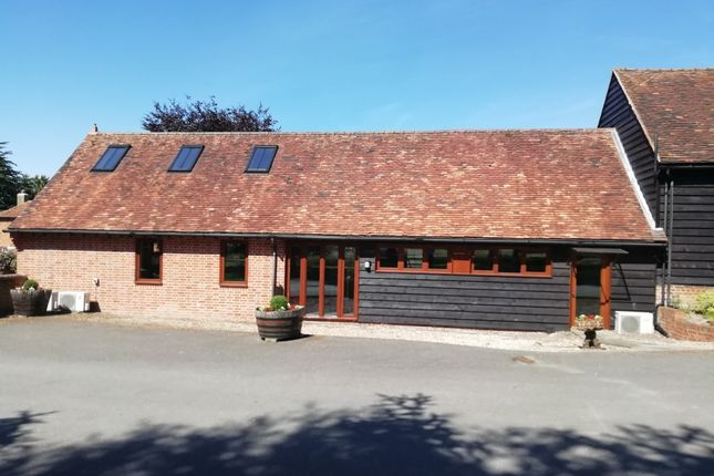 Office to let in The Carpenters Barn, Bartletts Court, Littlewick Green, Maidenhead