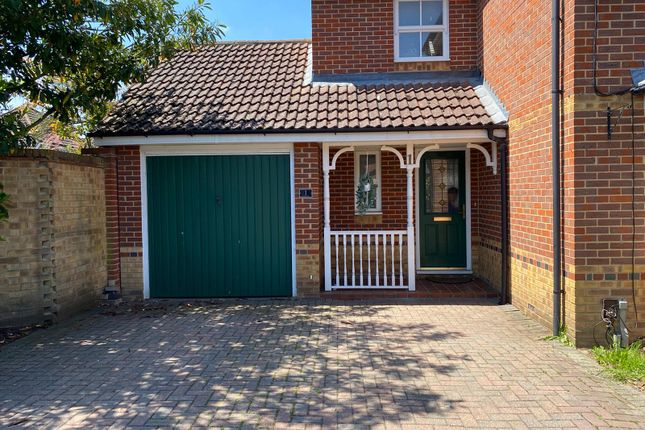 Thumbnail Detached house to rent in Lilley Way, Slough