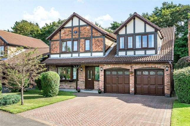 4 bed detached house for sale in Thistlewood Drive, Wilmslow, Cheshire SK9