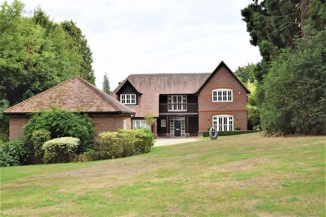 Thumbnail Detached house to rent in Hill Farm Lane, Chalfont St. Giles