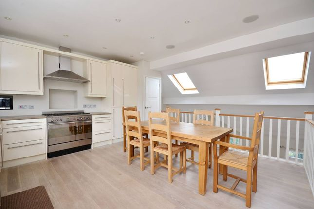 Thumbnail Flat to rent in Putney Bridge Road, Putney