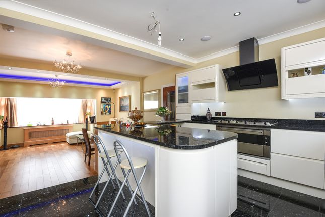 Thumbnail Semi-detached house for sale in Hatton Gardens, Mitcham