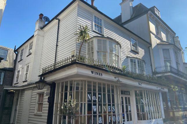 1 bed flat to rent in 7, The Pantiles, Tunbridge Wells TN2