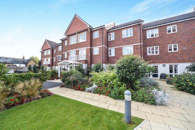 Thumbnail Flat for sale in St. Lukes Road, Maidenhead, Berkshire