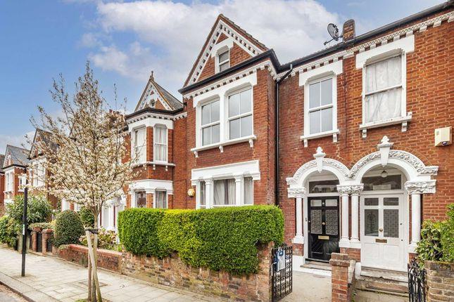 Thumbnail Flat to rent in Lessar Avenue, London