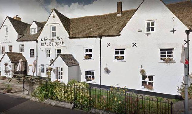 Thumbnail Pub/bar to let in Barrs Lane, North Nibley, Dursley