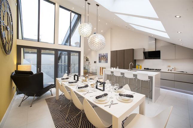 Thumbnail Property for sale in Townhouse Mews, London
