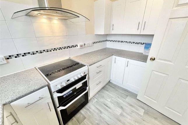 Maisonette to rent in Arnside Road, Southmead, Bristol