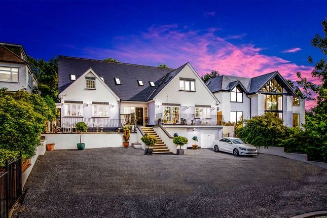 Thumbnail Detached house for sale in Eleven Acre Rise, Loughton