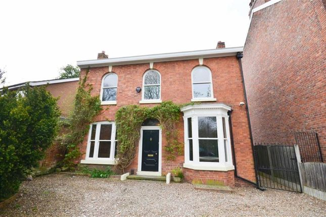 Thumbnail Detached house to rent in Tatton Road North, Heaton Moor, Stockport