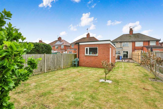 Garden of Teignmouth Avenue, Mansfield NG18