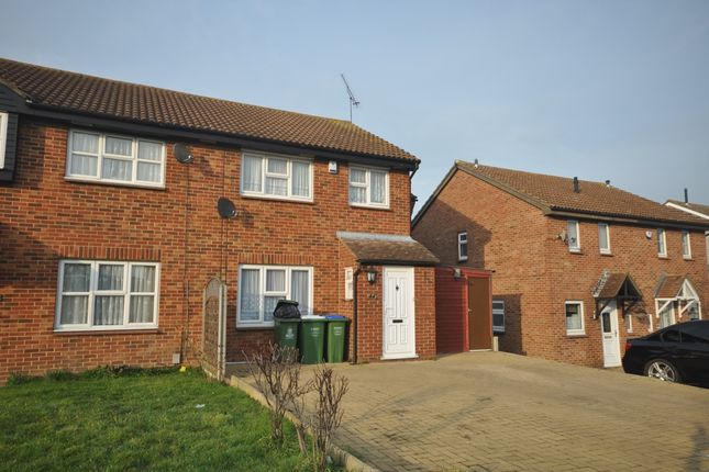 4 bed semi-detached house to rent in Ashurst Close, Crayford, Dartford DA1