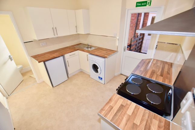 Thumbnail Flat to rent in High Street, Bentley, Doncaster