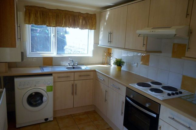 3 bed flat to rent in Northcote Street, Cathays, Cardiff