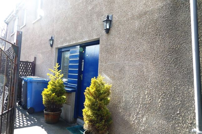Thumbnail Flat for sale in Breadalbane Terrace, Wick