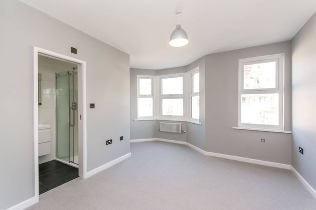 Thumbnail Terraced house to rent in Ambleside Road, Harlesden