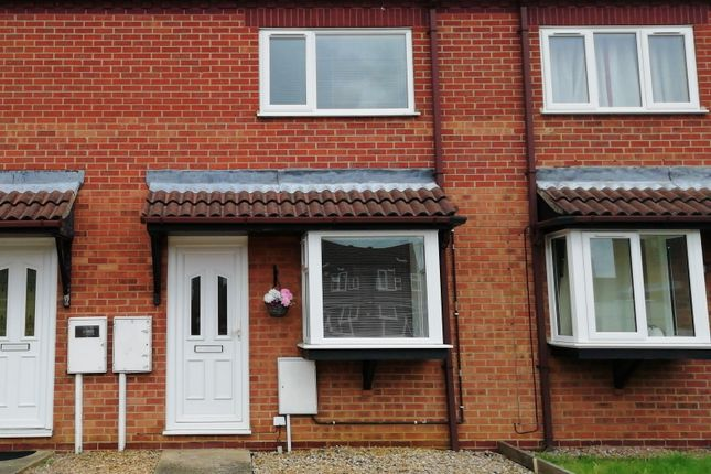 Thumbnail Terraced house to rent in Summerfield Drive, Sleaford