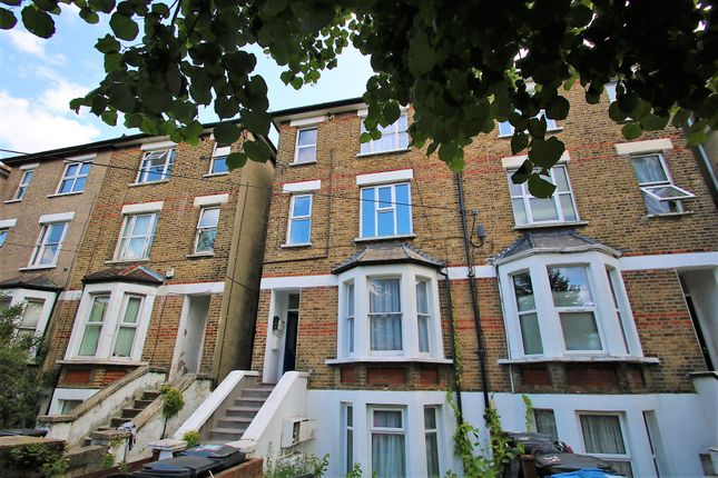 Thumbnail Flat to rent in Clyde Road, East Croydon, Surrey