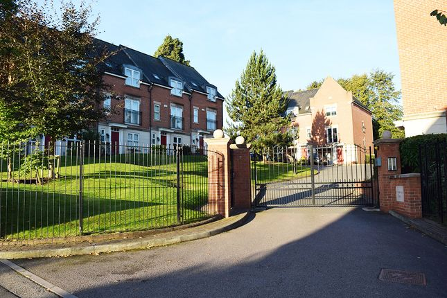 Thumbnail Town house to rent in St. Katherines Court, Derby