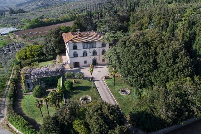 15 bed villa for sale in Arezzo (Town), Arezzo, Tuscany, Italy