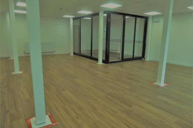 Office to let in Woodhouse Lane, Wigan