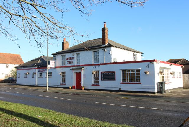 Thumbnail Pub/bar for sale in Mersea Road, Colchester