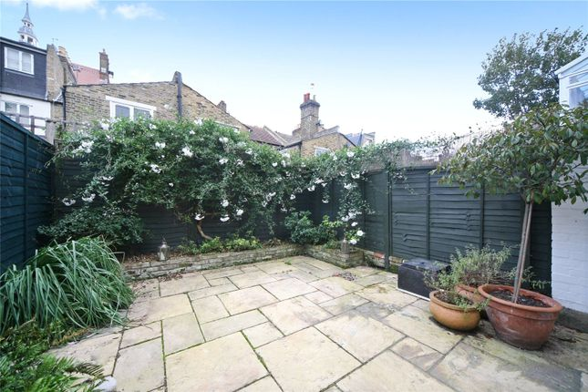 Thumbnail Terraced house to rent in Broughton Road, Fulham, London