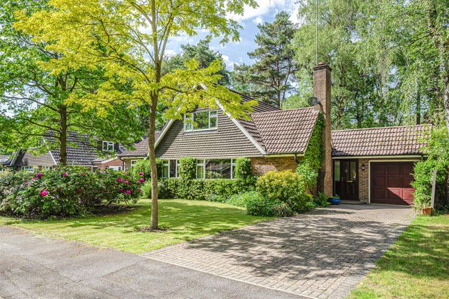 Thumbnail Detached bungalow for sale in Heatherway, Crowthorne, Berkshire