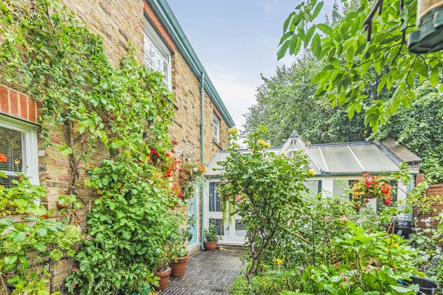 Thumbnail Property for sale in Elm Road, Kingston Upon Thames