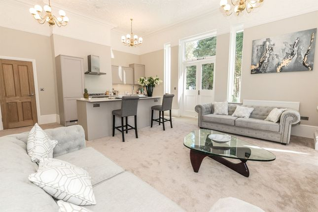 Thumbnail Flat for sale in Rigby Lane, Aston Fields, Bromsgrove