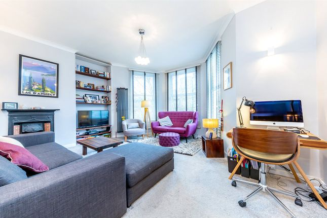 Thumbnail Flat for sale in Hornsey Rise, Crouch End