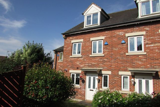 Thumbnail Terraced house to rent in Mulberry Gardens, Scunthorpe