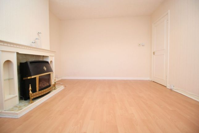 Thumbnail Flat to rent in Montrose Road, Feltham