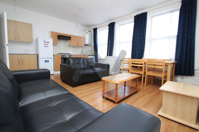 Thumbnail Duplex to rent in Glebe Road, Hornsey