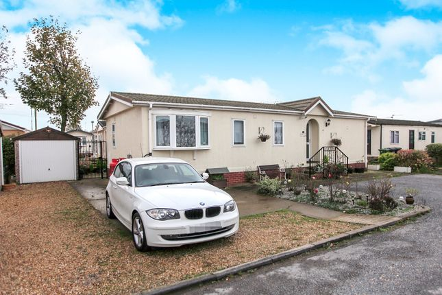 Thumbnail Mobile/park home for sale in Fengate Mobile Home Park, Fengate, Peterborough