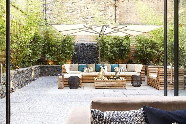 Thumbnail Flat to rent in Ovington Square, Knightsbridge