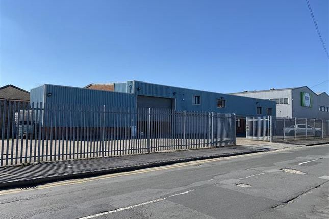 Thumbnail Light industrial to let in Scarborough Street, Hull, East Yorkshire