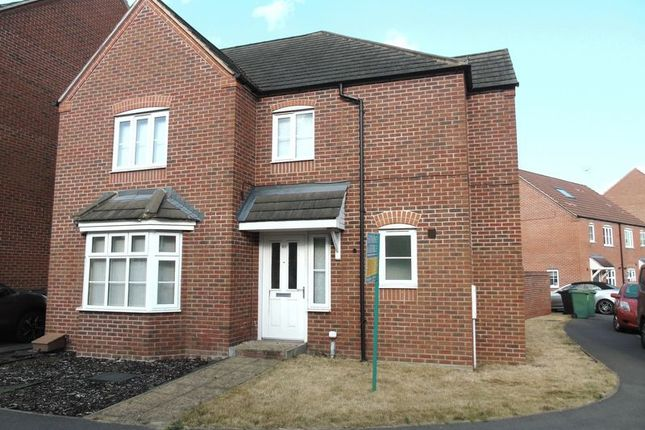 Thumbnail Link-detached house for sale in Kirby Drive, Bramley, Tadley