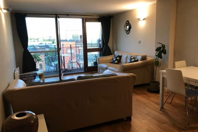 Flat to rent in Jutland House, 15 Jutland Street, Piccadilly
