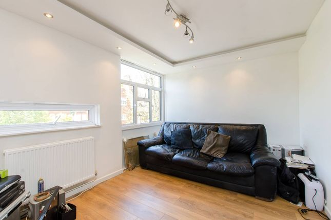 Thumbnail Flat for sale in The Orchard, Bedford Park