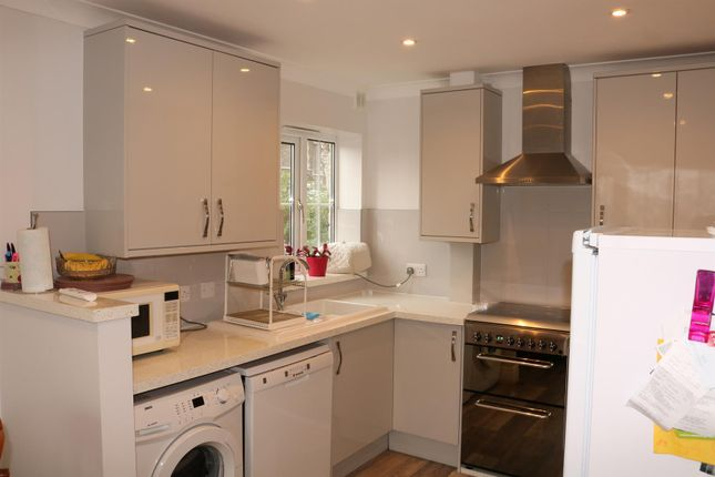 4 Bed End Terrace House For Sale In Milton Road Weston Super Mare