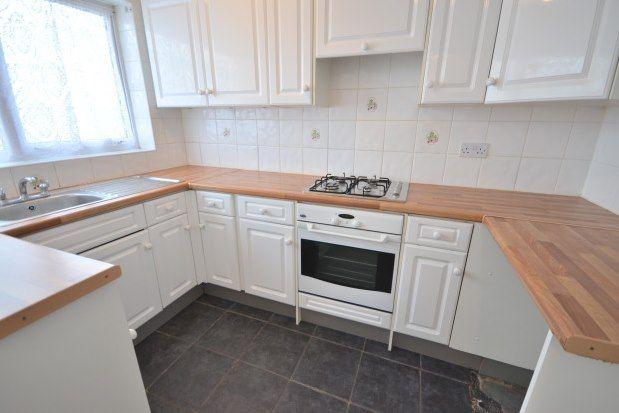 Thumbnail Bungalow to rent in Foxburrow Close, Gillingham