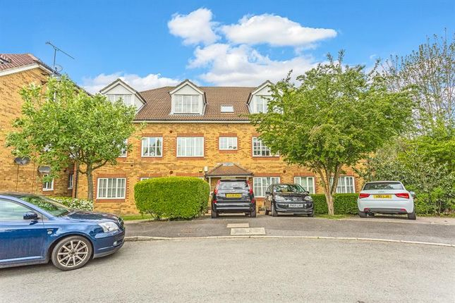 1 bed flat for sale in Aspen Vale, Whyteleafe