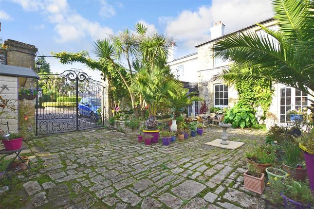 Front Garden of Buckingham Close, Ryde, Isle Of Wight PO33